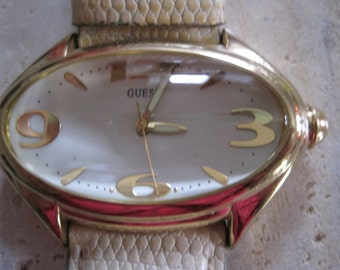 Vintage guess watch with large numbers