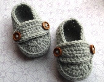 baby boy shoes UK, crochet baby loafers; light grey baby booties, 3 -6 month size, baby button loafers; ready to ship, uk seller