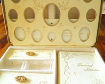 "Mid Century Ivory Leatherette/Gold Tone ""Wedding Treasures"" Keepsakes Kit--Multiple Compartments--Engravable--Ivory Velvet Lining--MINT"