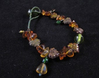 Green and brown glass leaf hand beaded bracelet, hand beaded bracelet, hand beaded leaf bracelet
