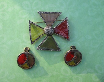 Vintage Gold Tone Stain Glass Look Brooch Pin With Matching Earrings