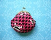 SHOP CLOSING SALE Skull in Hot Pink coin purse - Handmade Gift, Birthday Gift, Holiday Gift