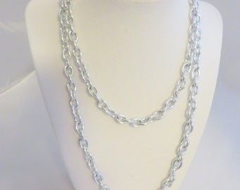 Vintage Silver Tone Chain Fashion Necklace