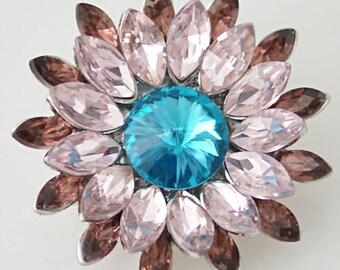 1 PC 18MM Pink Mauve Rhinestone Flower Candy Snap Charm KB8670 Cc0384