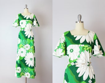 vintage 60s Hawaiian floral maxi dress / 1960s tropical summer dress / flutter sleeve maxi dress / Hawaiian sundress / Mokuleia dress