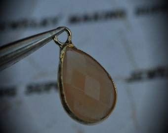 Gold Plated Bezel Brass Faceted Glass Tear Drop Pendant - Peaches And Cream