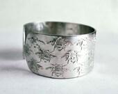 Bumble Bee design embossed cuff silver aluminium medium, bees bracelet