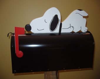Snoopy Relax mailbox