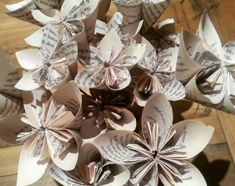 Set 25 - Various Sizes Vintage Book Paper with Stems Table Scatter / Decor / Center Piece / Cake Table Flowers Kusudama
