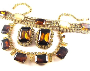 Rhinestone Jewelry Set Bracelet Earrings Necklace Topaz Taupe Peridot Colors Vintage Parure
