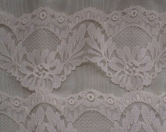 """2 Yds Wide Light Peachy Pink Lace Trim - Vintage Supplies, Sewing, Crafting - Floral Lingerie Lace - 4"""" Wide - Scalloped Edge"""