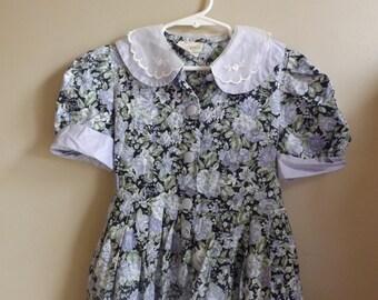 Laura Ashley Dress Size 7, Vintage Dresses, Vintage Kids Clothes, 80s Dresses, 90s Dresses, Flowers, Floral, Classic, Vintage Girl Clothes