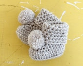 BUGGS in antique white, pom pom crochet baby uggs booties