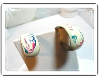 Pierced Earring Hoops - White Enamel Mod Art Hoop Pierced Earrings Vintage   E497a-041412000