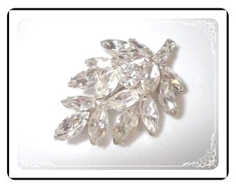 Vintage  Rhinestone Brooch by D&E  Juliana  - Clear Rhinestone Leaf Pin-607a-010107020