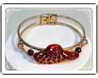 Red Hat Lady's Bracelet - Unique Novelty Hinged Vintage Bracelet -   1258a-092312000