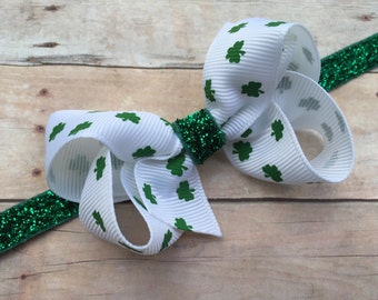 St. Patrick's Day headband - 3 inch shamrock bow on green glitter headband, baby headband