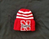 Nebraska Huskers Hand Knit Team Football Sports Mens Boys Hat; Custom Team Hats; Red and White Sport hat; College Football; College Sports