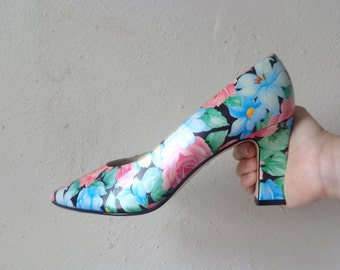 floral print pumps/ deadstock/ stacked heel// size 9D