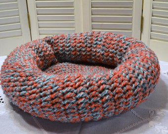 Crochet Pet Bed for Cat or Small Dog Donut Pillow Cushion Nest Coral Aqua Gray Handmade Littlestsister