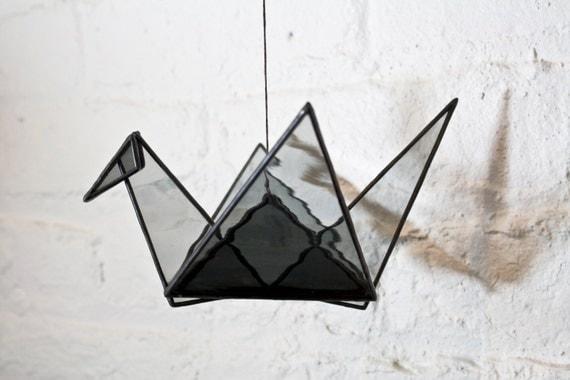 Grue en Origami de vitrail (gris)