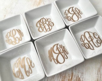 Monogrammed Ring Dish, Monogrammed Jewelry Dish, Jewelry Holder, Personalized Ring Holder, Hostess Gift, Bridesmaids Gift, Christmas Gift