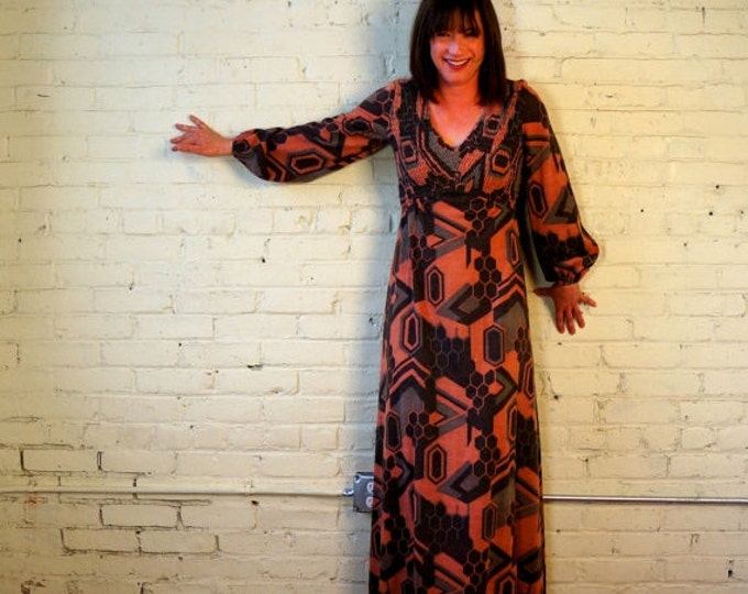 1970s Vintage Maxi Dress Long Sleeves SMALL MED 70s Earthy Bohemian Clothing Brown Jersey Knit Coral Honeycomb Abstract Print Low Cut Back