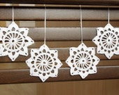 Snowflake ornament crochet Hanging ornaments White Christmas crochet decorations White snowflakes Winter decor Christmas gifts