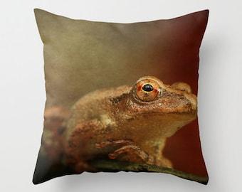 Northern Spring Peeper Photo Throw Pillow, Photo Pillow, Frog Pillow, Nature, Photography
