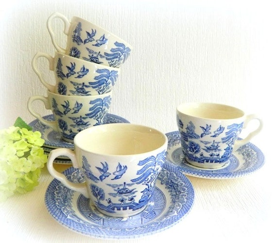 Five Blue Willow China Cups and Saucers England