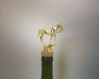 Horse Wine Stopper, Equestrian, Horse Jumping, Horse Back Riding, Farm, personalized  wine stopper #equestriangift #horsegift