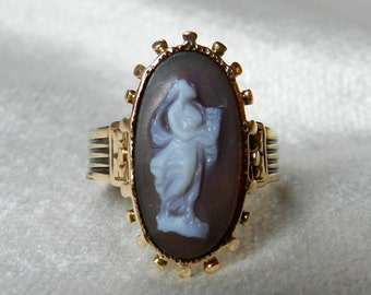 Victorian Ring Carved Hardstone Agate Cameo Antique Signet Ring Victorian Antique Ring Muse Cameo 14K Gold