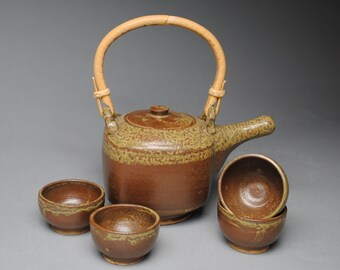 Clay Tea Set 4 Bowls with Bamboo Handle C50