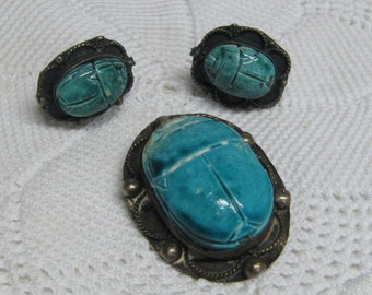 Antique Egyptian Revival Blue Scarab Set in Silver Brooch Pin & Earrings