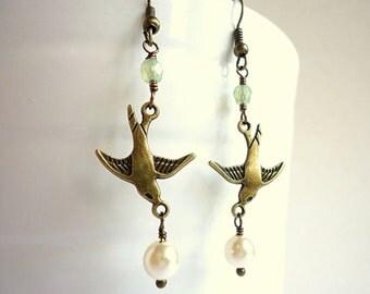 Mint Green earrings, bird earrings, vintage style earrings, sparrow earrings, pearl earrings, antique brass earrings, pastel earrings