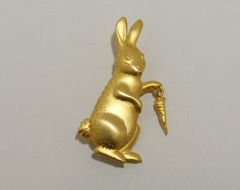 Vintage SIGNED JJ Bunny Brooch with Carrot