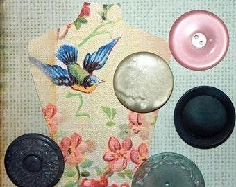 Dressmakers Delight*Vintage Oversized Buttons*Pastel Buttons
