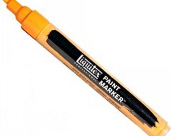 Liquitex Professional Paint Markers, 2-4 mm nib, Cadmium Orange Hue, Water-Based Acrylic Marker Pen, Lightfast, Permanent, Mixed Media Art