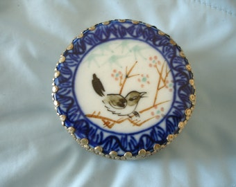 Bird on a Branch Hand Painted Porcelain Enamel Vintage Silver Toned Pill Box