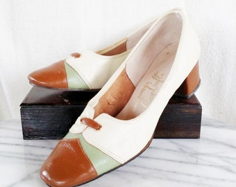 Vintage Cream Leather Gay Craft 50s Heels. Size 7
