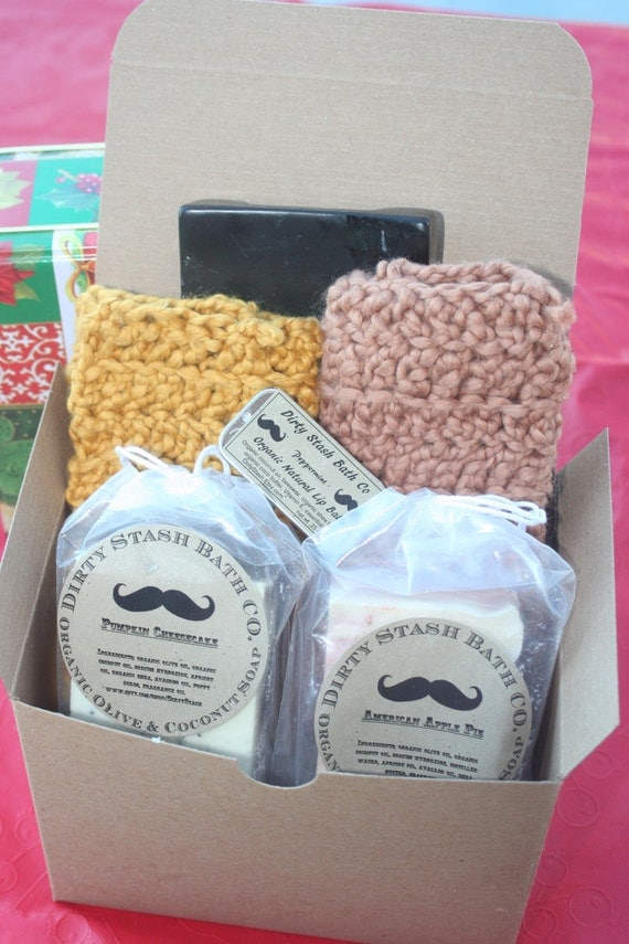 Organic Cotton Wash Cloth and Soap Gift Set with patchouli & rosmary essential oils
