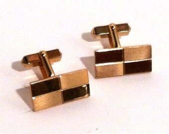 Mid Century Checkered Cufflinks Brushed Gold Tone 1960s Vintage Mens Accessories Cuff Links by Swank