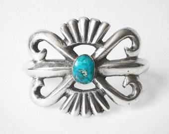 Vintage Navajo Sand Cast Sterling Silver Bracelet With Turquoise Stone