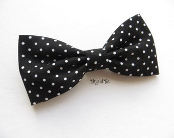 Black and White Polka Dot BOW TIE, Wedding Bow Tie, Groomsmen Bow Tie, Black Bow Tie