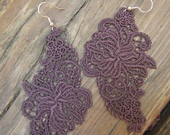 Lace applique earrings brown and dark blue