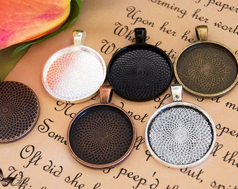 25 Pendant Trays- Round Blank Pendant Trays- 1 inch 25mm Circle Pendant Blanks- 5 Colors to Choose From.