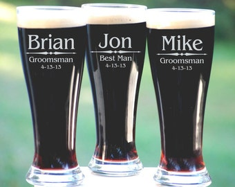 Groomsmen Gift, 5 Personalized Beer Glasses, Custom Engraved Pilsner Glass, Wedding Party Gifts, Gifts for Groomsmen, 16oz Glasses