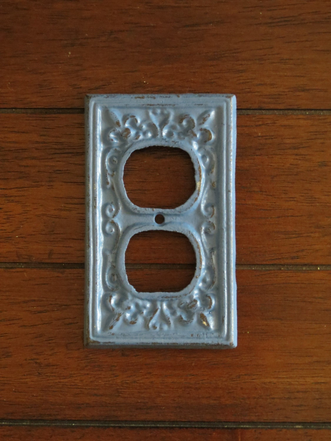 Decorative electric outlet plate plug in cover fleur de - Decorative wall plates electrical ...
