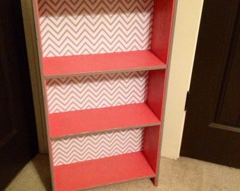 BOOKCASE WALLPAPER ANTIQUE LIBRARY ENCYCLOPEDIA GOLD ...  Pink And Grey Bookcase