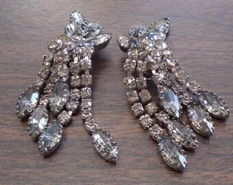 Nice Big Vintage Rhinestone Clip Earrings